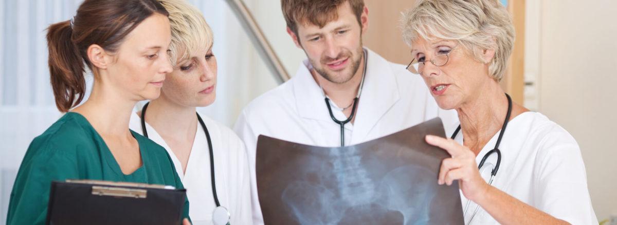 Artroskopia biodra to coraz częściej stosowana metoda leczenia schorzeń stawu biodrowego.