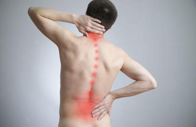 Bóle kręgosłupa powinny być zdjagnozowane przez lekarza ortopedę.